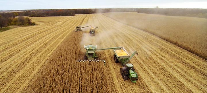 Tricks of the Trade: Lessons Learned from 2014 HP Corn Harvest Lead Way for Future Yield Gains